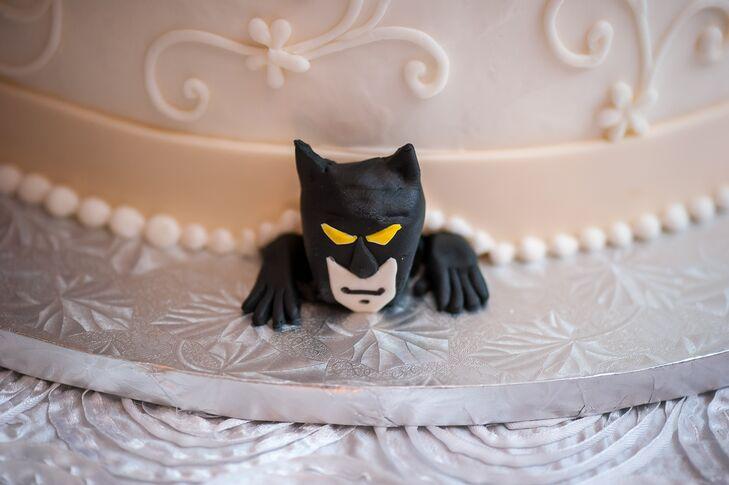 Batman Wedding Cake.Fun Batman Wedding Cake Detail