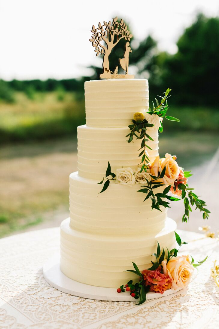 Rustic Tiered Wedding Cake with Flowers