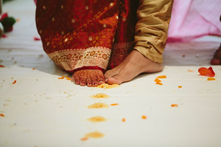 Bride and Groom's Performing Indian Wedding Traditions