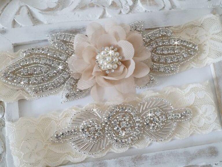 c55e14a1094 30 Pretty Wedding Garters and Bridal Garter Sets