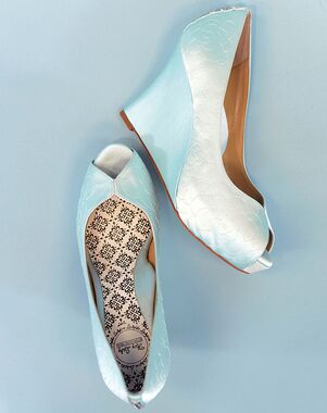 Hey Lady Shoes Lady Buttons Wedge Shoe