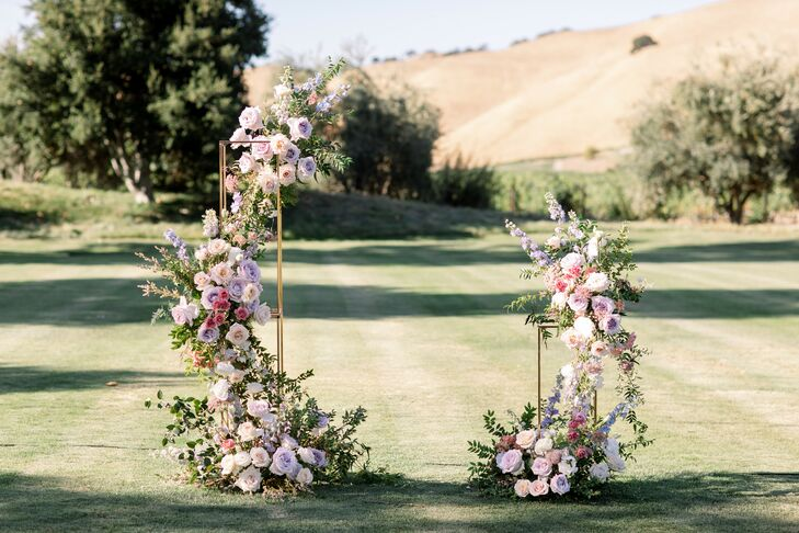 Altar Floral Arrangement at Wente Winery Wedding