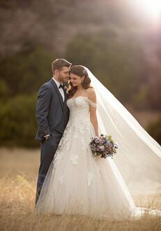 Essense of Australia D2605 Ball Gown Wedding Dress