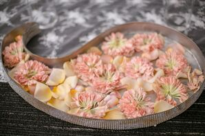 Elegant Decoration with Flower Petals