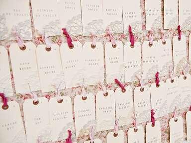 Tag ribbon escort cards