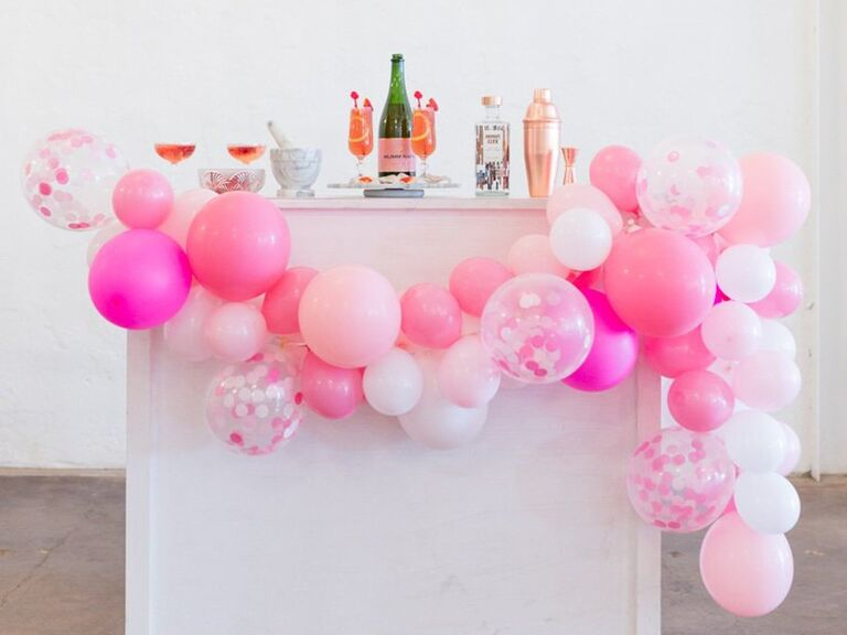 Joint bach party balloons