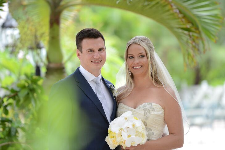 While Kristine Kirkconnell (33 and an interior designer) and Kyle Williams (29 and an accountant) were vacationing in Negril, Jamaica, having a candle