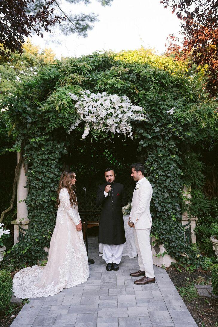 Backyard Wedding Ceremony in Westbury, New York
