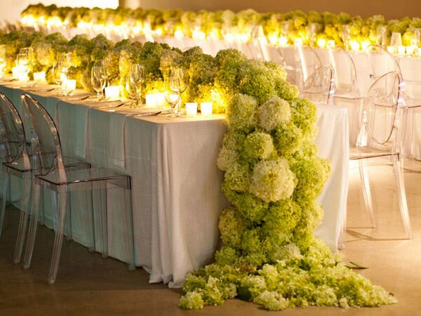 Hydrangea reception table runner
