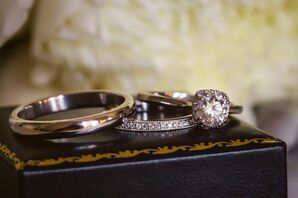 A Classic Round-Cut Diamond Engagement Ring