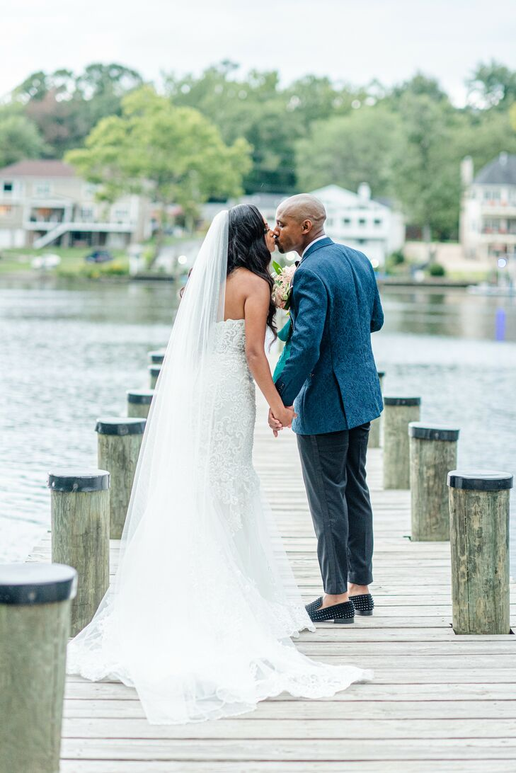 Bride and Groom Share Kiss at The River View at Occoquan in Lorton, Virginia