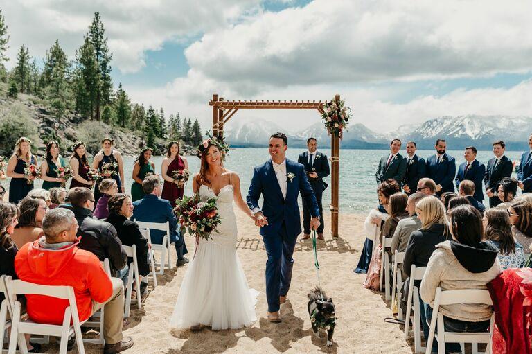 casual lakefront oceanfront pacific northwest wedding