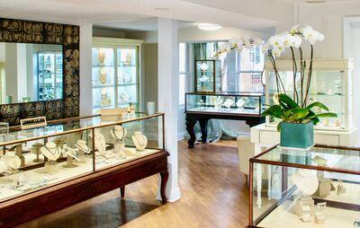 Faye Kim Fine Jewelry
