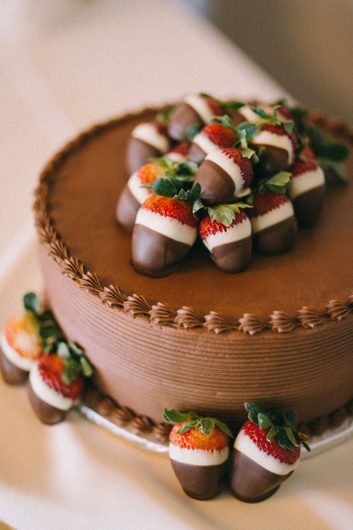 Chocolate Covered Strawberry Groom's Cake