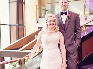 Although Kara Hartmann (23 and a blueberry farmer) and Jamie Laraway (27 and a blueberry farmer) officially tied the knot in Maui, Hawaii, the couple