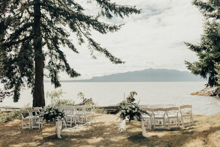Natural Waterfront Ceremony at Rockwater Secret Cove in British Columbia, Canada