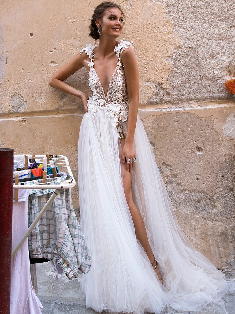 MUSE by Berta Fall 2018 Collection: Bridal Fashion Week Photos