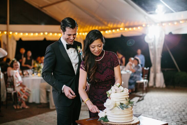 Cake Cutting with Bride in Second Look