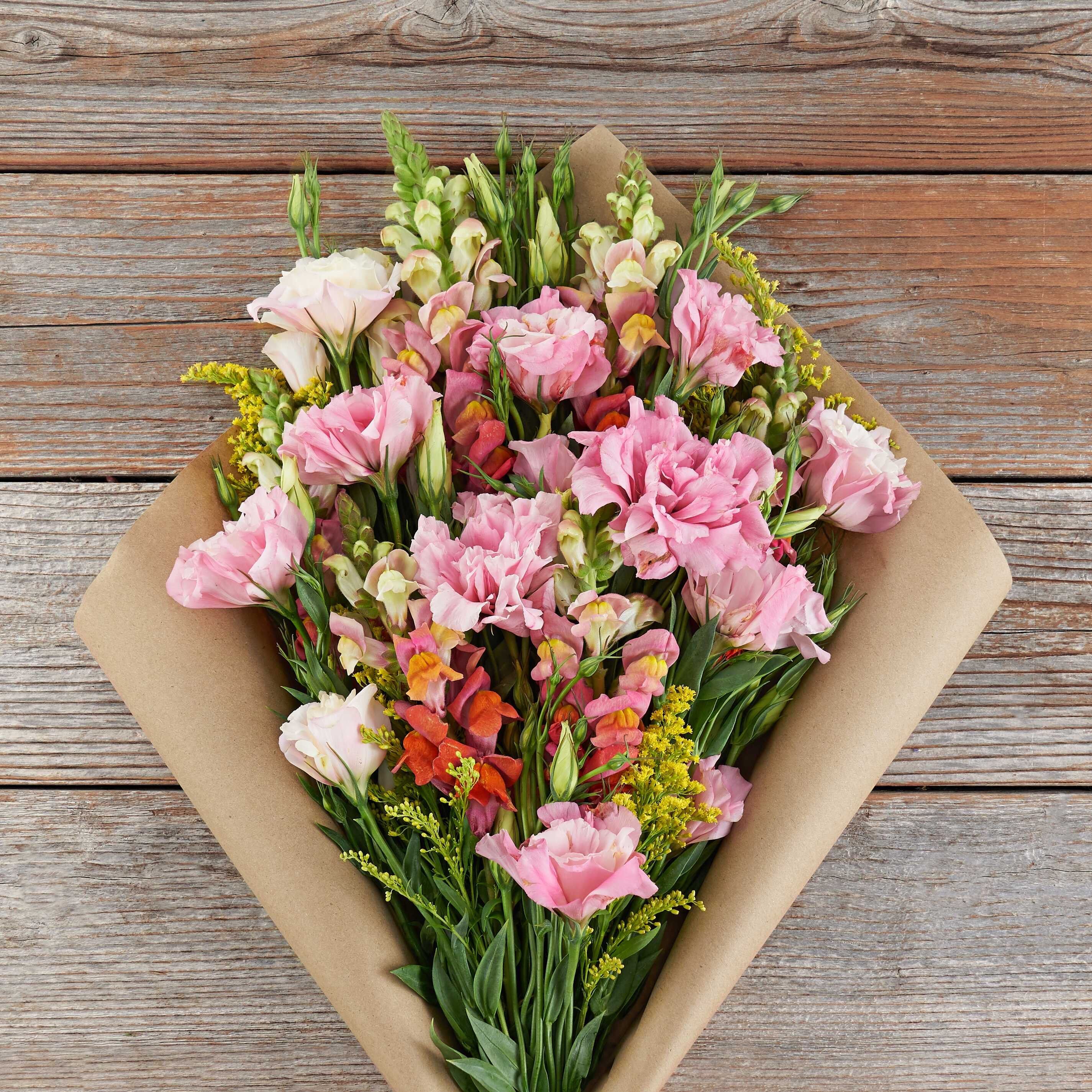 bouquet of pink flowers for a mother's day gift idea