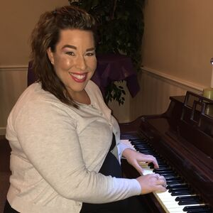 Orlando, FL Singing Pianist | Rebekah Piatt- Pop with Pizazz