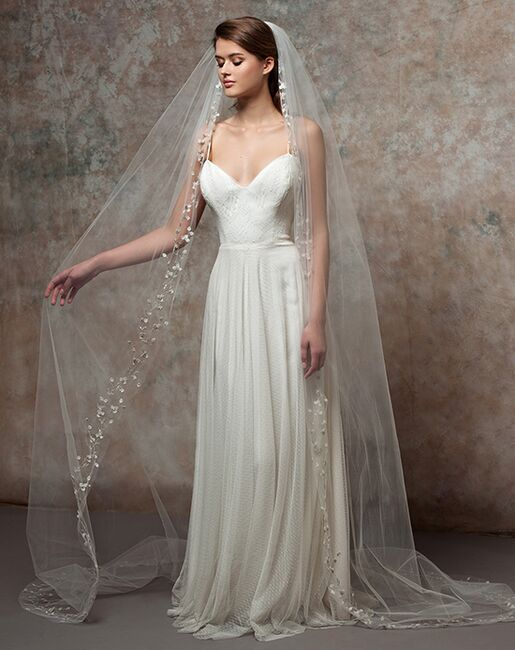 To Have & To Borrow Ivy White Veil