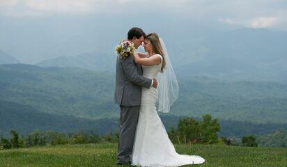 Almost Heaven Resort And Weddings Reception Venues Gatlinburg Tn