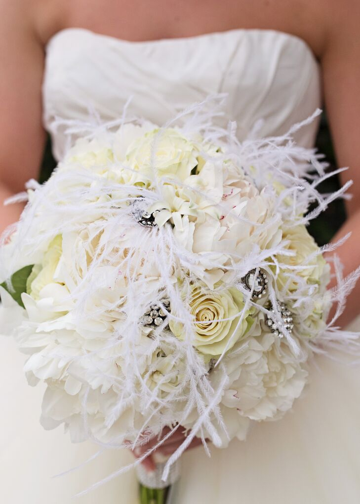 Ivory Bouquet With Feathers