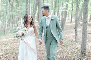 Romantic and Bohemian Couple at WoodsEdge Farm Wedding & Events in Stockton, New Jersey