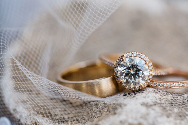 Vu had fielded several suggestions from Samantha regarding engagement rings, and he ultimately chose a classic style set in rose gold.
