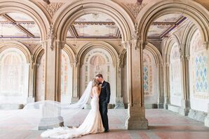 Couple at the Bethesda Terrace Arcade in Central Park