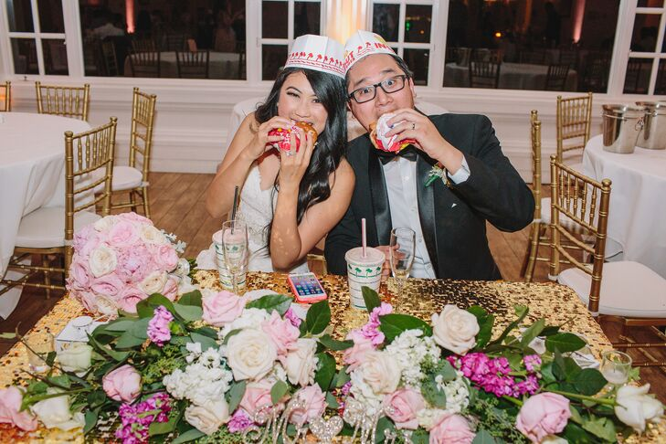 As a surprise treat for their guests, the couple arranged for an 11 p.m. burger bar from In-N-Out.