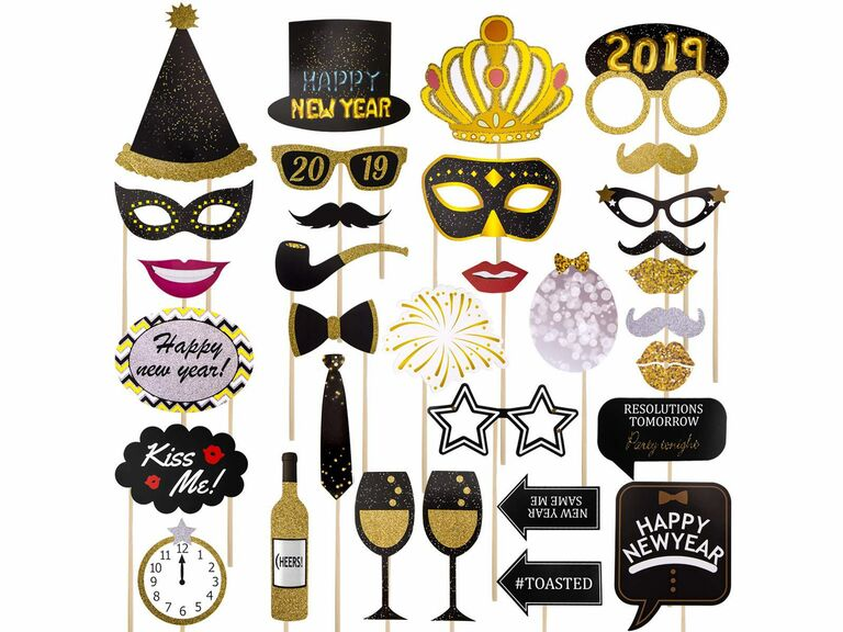 New Year's Eve wedding photo booth props