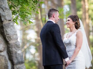 Justina Alicudo (29 and a teacher) and Christopher Gaeta (28 and a city accessor) knew they wanted a distinctive venue to host their early-summer wedd