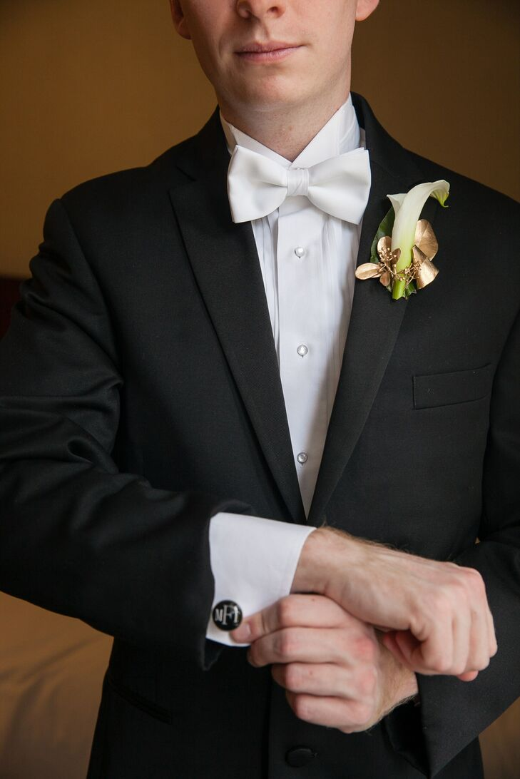"""Max wore an traditional white bow tie and a plain black suit to the """"timeless elegance""""-themed ceremony."""