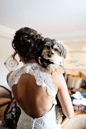 Ivory Lace Sheath Wedding Dress