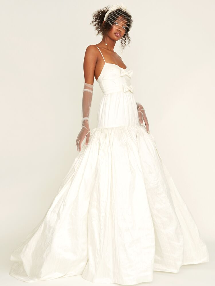 Odylyne The Ceremony sleeveless wedding dress with three tiers