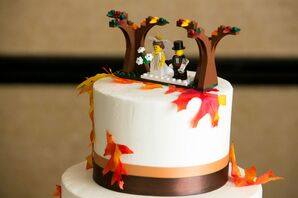 DIY Fall-Inpired Lego Bride and Groom Cake Topper