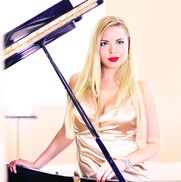 Los Angeles, CA Singing Pianist | Ganna Sorbat-Composer, Singing Pianist