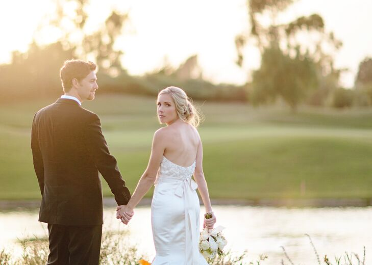 Karlie Roberts (26 a nurse) and Tyler De Jong (27 and a doctor) held their classic summer wedding at the Old Ranch Country Club in Seal Beach, Califor