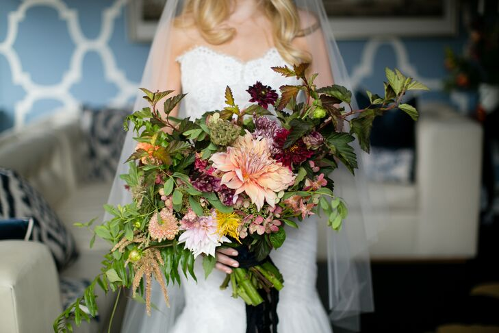 Large Bouquet of Leaves, Dahlias and Wildflowers