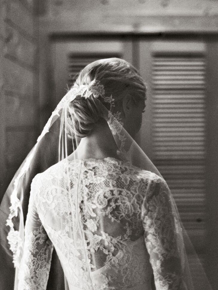 Marchesa Long-Sleeve Wedding Dress With Veil